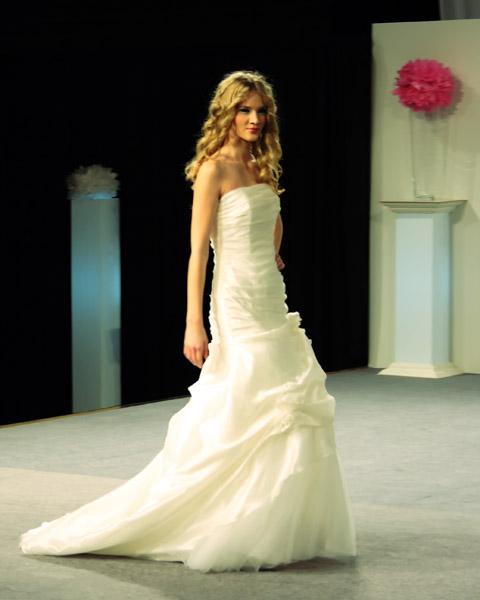 Fashion Show Dress Wedding White Wedding Dress